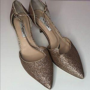 Nina New York gold glitter heels